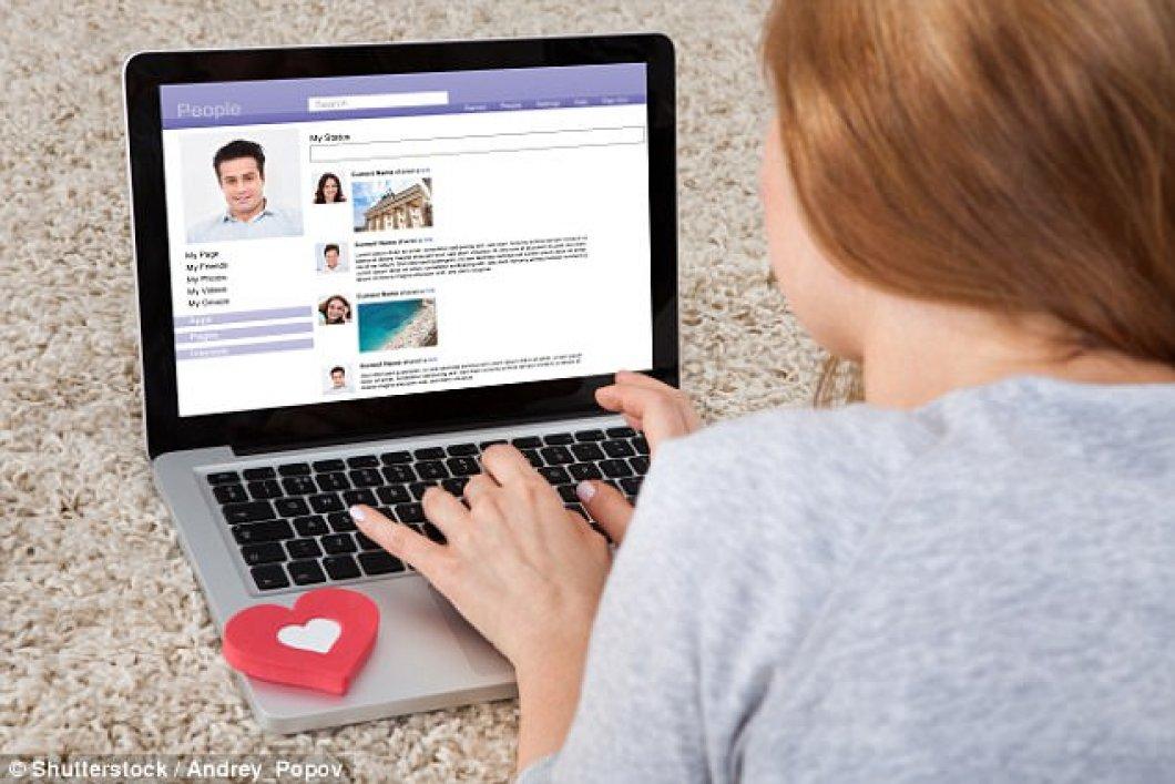 Američany oblíbený MySpace či asijský Friendster), spočívá v.