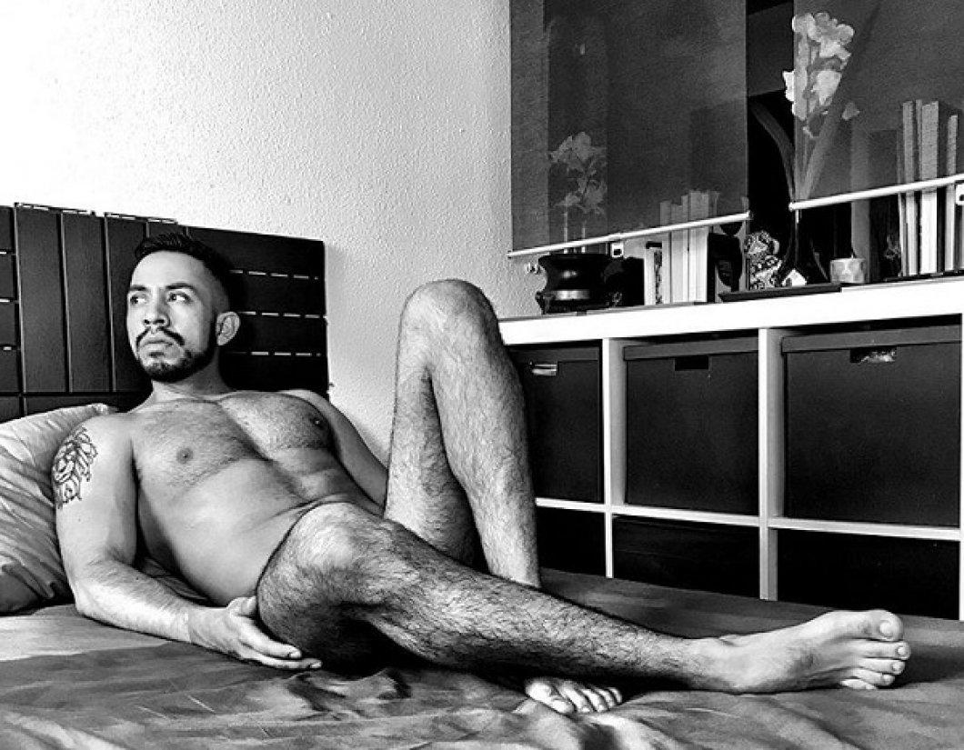 Model nahého života