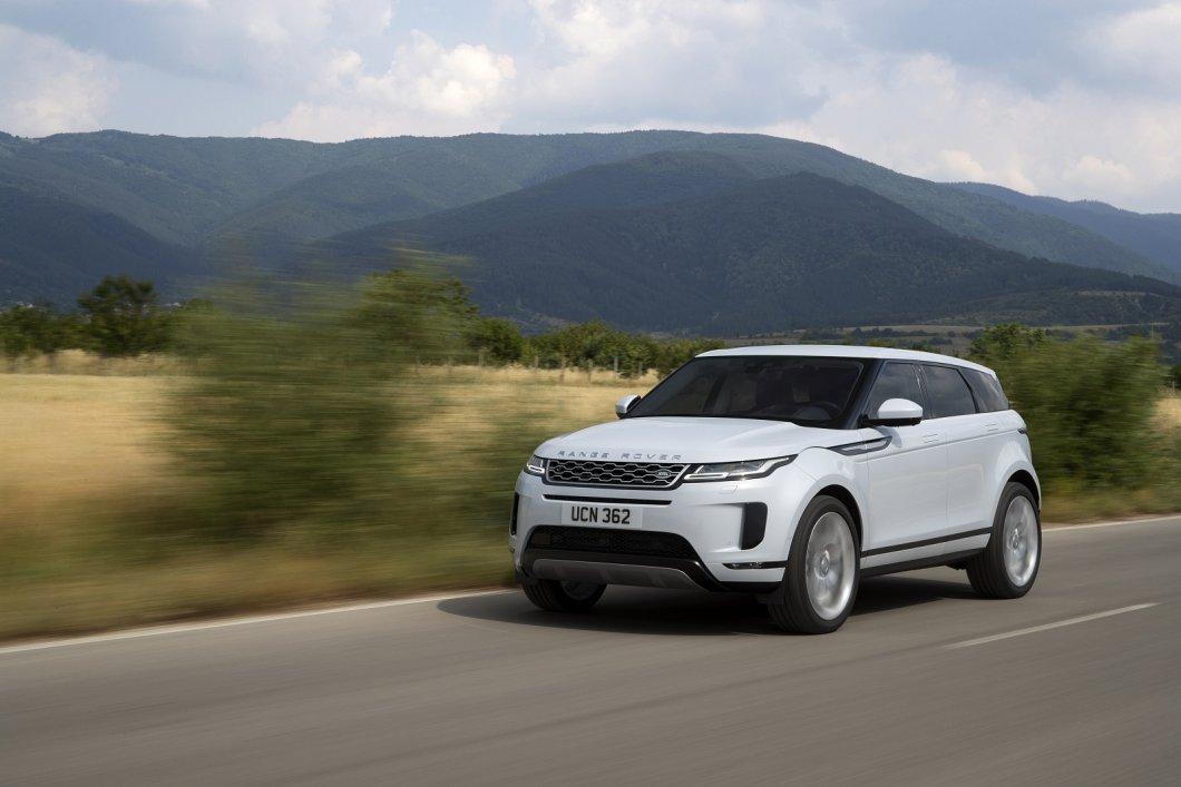 Nový Range Rover Evoque: V čem se tento revoluční vůz změnil a díky čemu si chce udržet svou dosavadní úspěšnost?