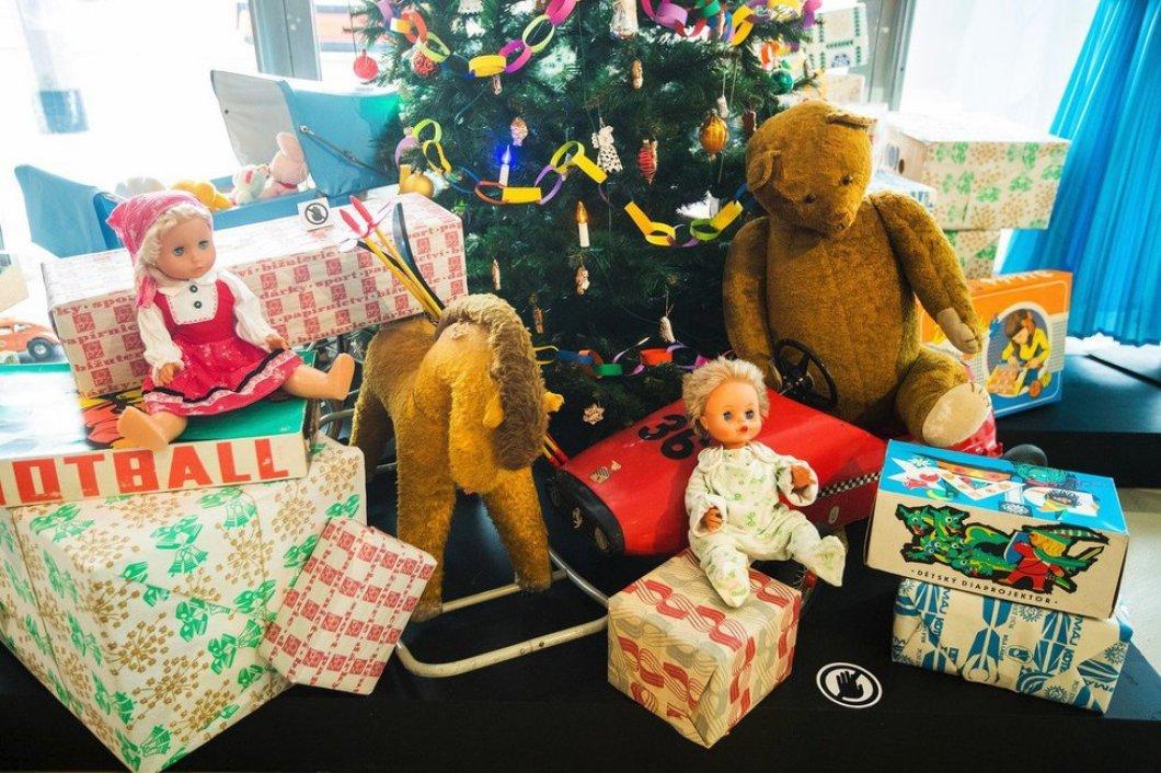 Z těchto vánočních dárků se před revolucí radovali úplně všichni