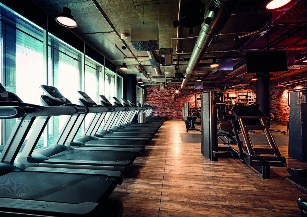 V pražském John Reed Fitness si můžete vychutnat všechny aktuální trendy ve cvičení