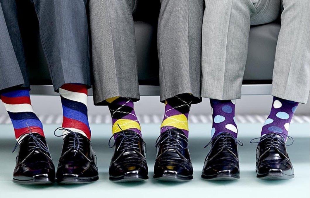 """Správně zvolené ponožky dělají gentlemana. Buďte kreativní, ale dodržte """"ponožková pravidla"""""""