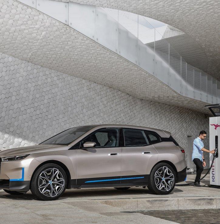 Trend zvaný elektromobilita aneb Co všechno byste měli vědět, než si pořídíte elektromobil či plug-in hybrid?