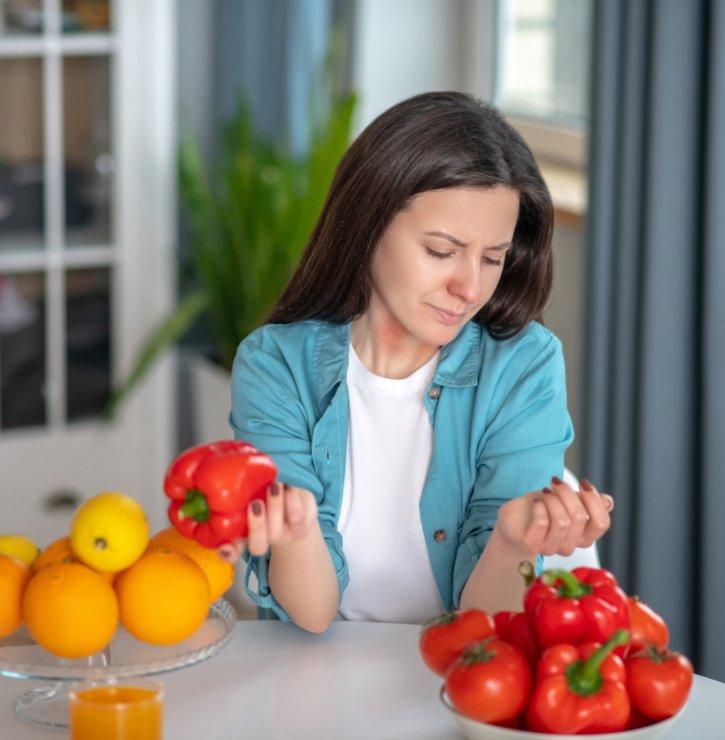Nejen trávicí potíže mohou souviset s nesnášenlivostí některých potravin. Odhalte konkrétní problém z pohodlí domova