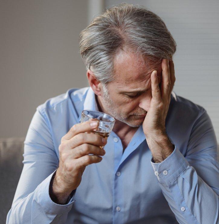 Jaké to je, když se člověk skamarádí s alkoholem víc, než je zdrávo, a jak se tomu ubránit?