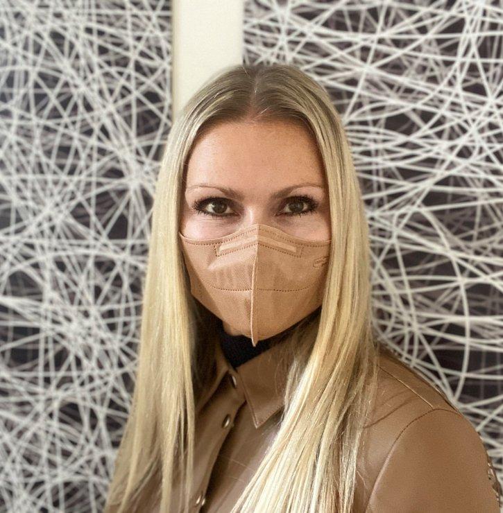 Kdyby všichni nosili nanovlákenné respirátory, byli bychom s celou pandemií už úplně jinde, říká Jana Zimová z firmy Respilon
